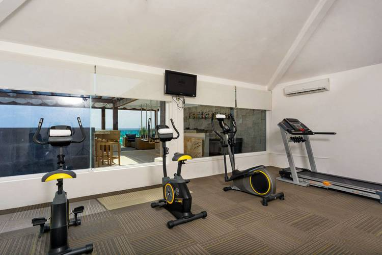 Gimnasio hotel flamingo cancun resort cancún