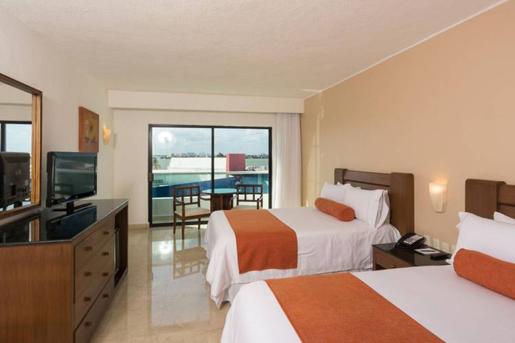 Habitación hotel flamingo cancun resort cancún